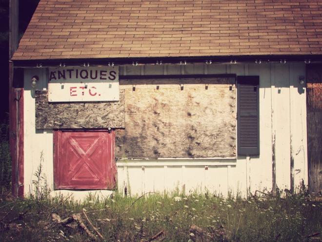 AbandonedAntiqueStore2