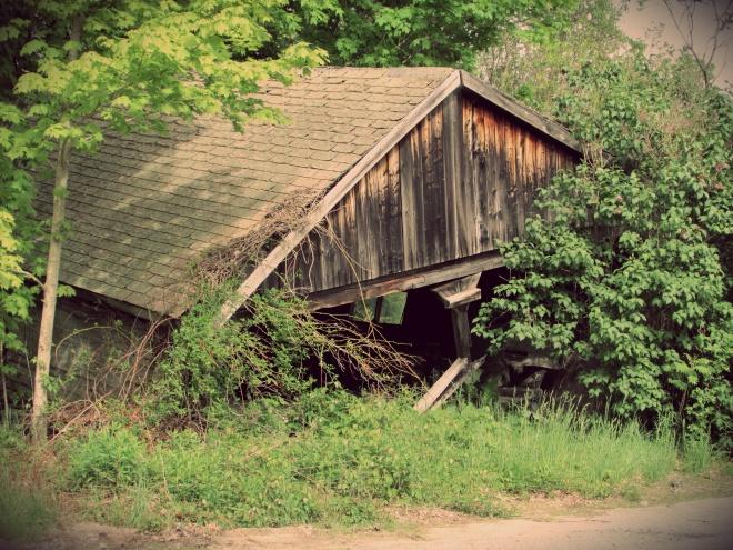 AbandonedHouseMay143