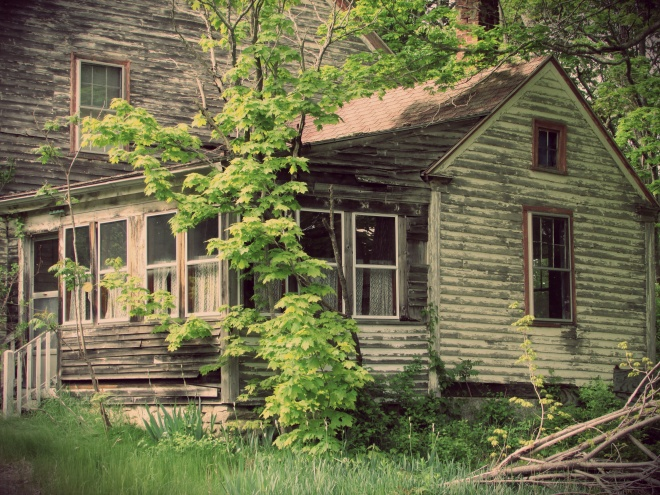 AbandonedHouseMay145