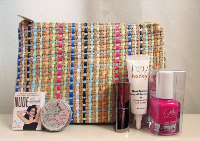 April2015IpsyBag1