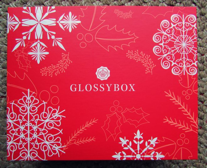 December2015GlossyBox01
